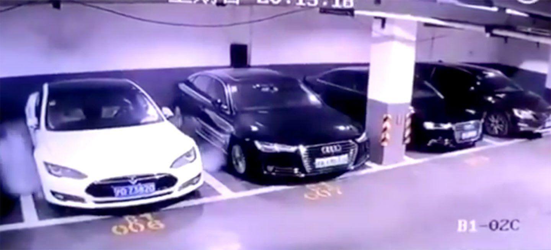 Tesla investiga la explosión de un Model S en Shanghái