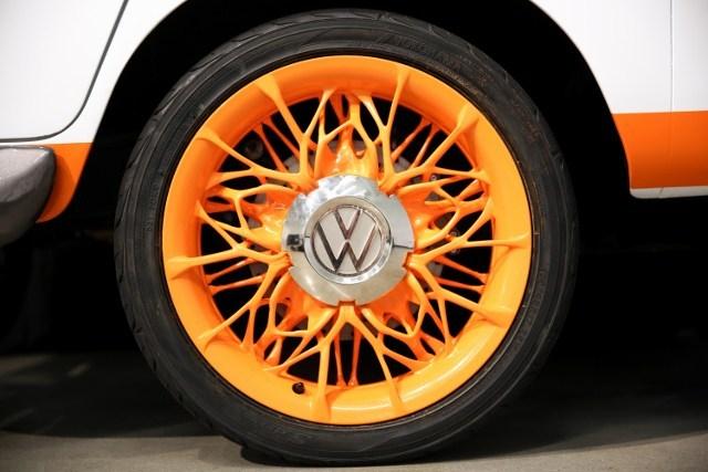 Volkswagen revive la clásica combi en un modelo eléctrico