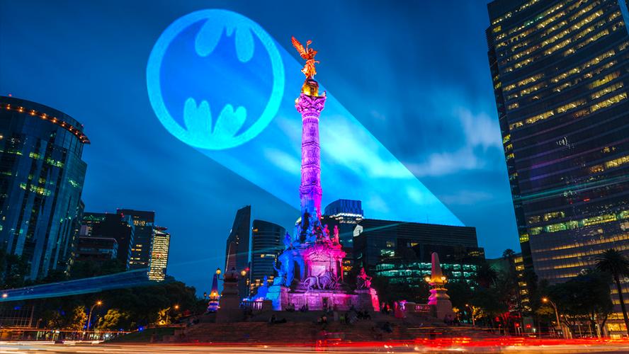 Batman Day 2019: La Bati-Señal iluminará el cielo de la CDMX