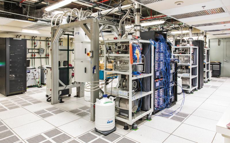 IBM presenta la computadora más rápida: 53 qubits de potencia cuántica 3