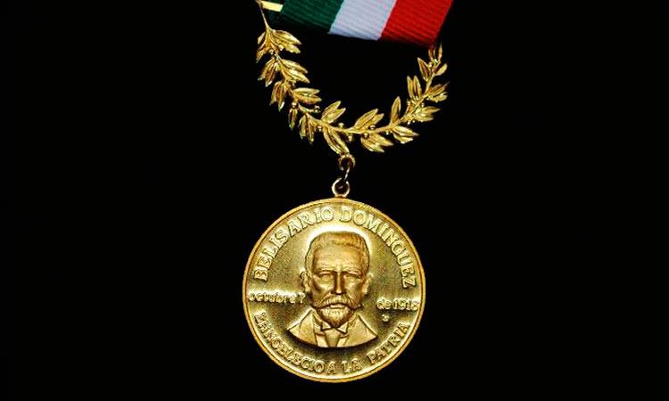 Yuya es propuesta para ganar la Medalla Belisario Domínguez