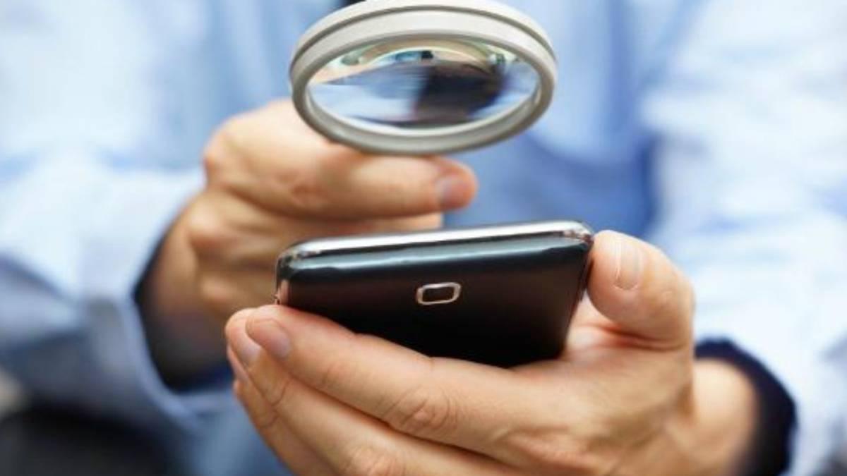 Cómo saber qué apps te espían por el micrófono de tu smartphone