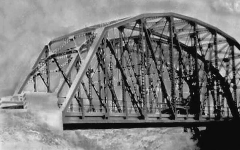 Conoce el puente hermano de la Torre Eiffel en Ecatepec