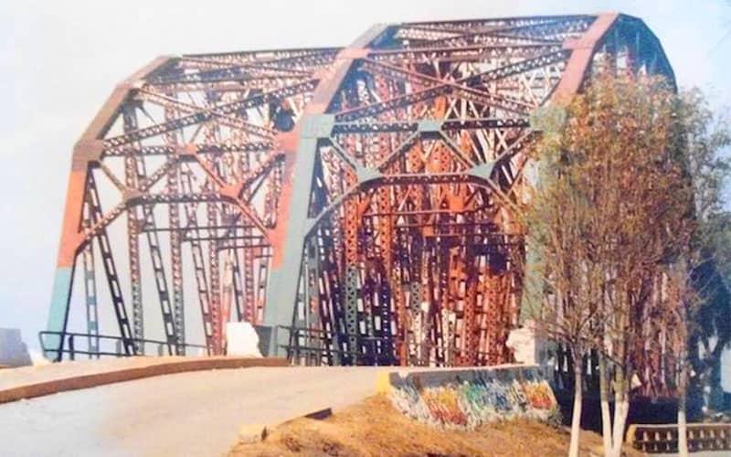 Conoce el puente hermano de la Torre Eiffel en Ecatepec 2