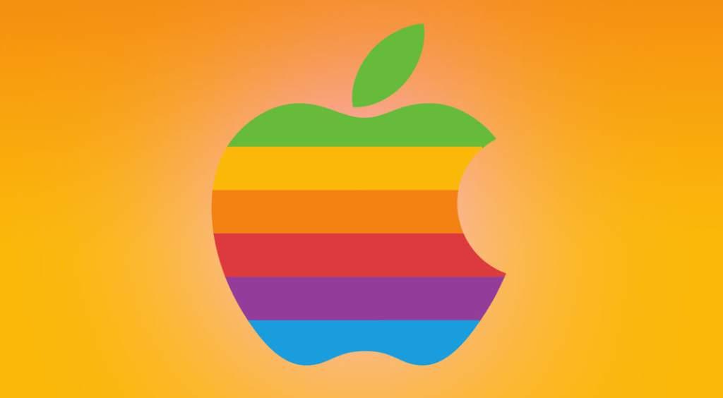 Este hombre demandó a Apple por volverlo homosexual