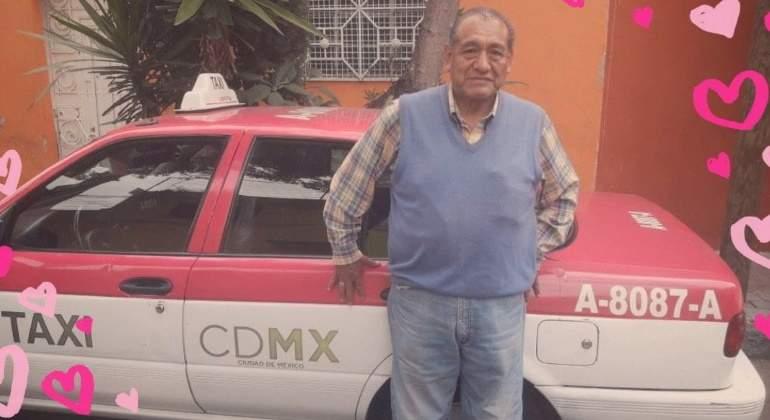 """Promociona a su papá taxista en Facebook: """"Servicio limpio y seguro"""""""