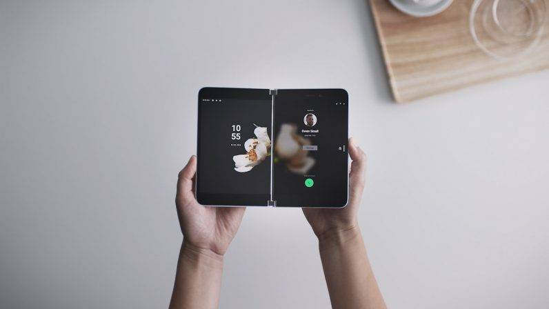 Surface Duo: Microsoft lanza un celular plegable de dos pantallas con Android 2
