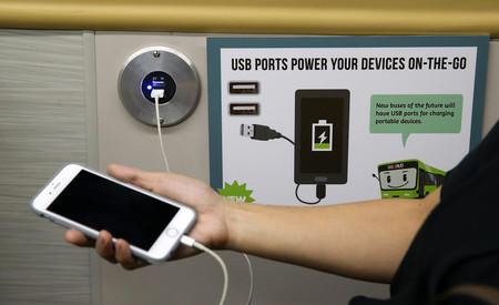 Cargar tu celular en lugares públicos pone en riesgo tu seguridad