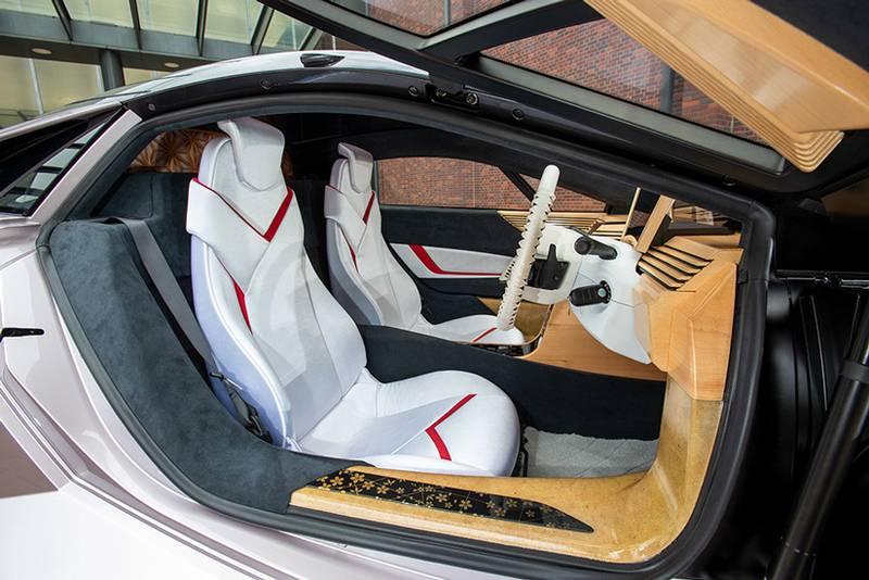 Científicos japoneses logran construir un auto a base de madera