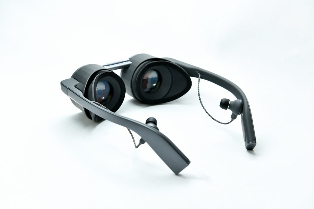 Panasonic presenta sus lentes de realidad virtual con UHD y HDR 2