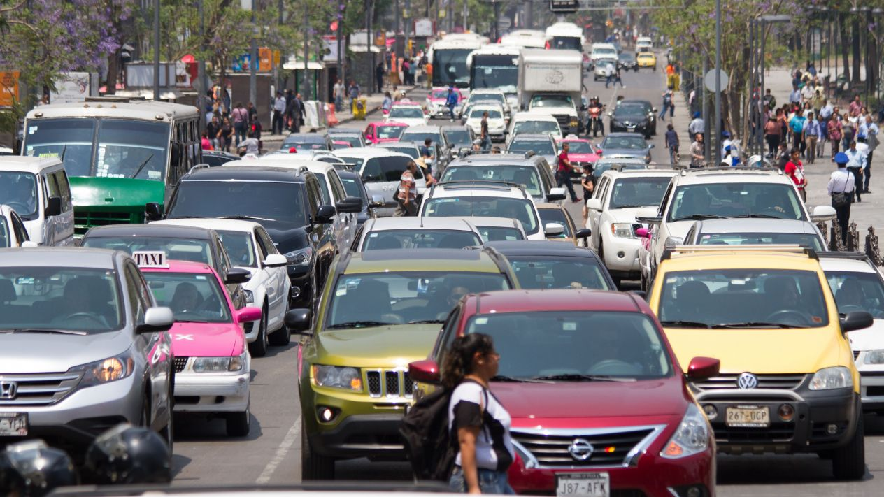 Por fase 3, habrá hoy no circula para todos los automóviles y el cierre del 20% de estaciones de Metro y Metrobús en CDMX