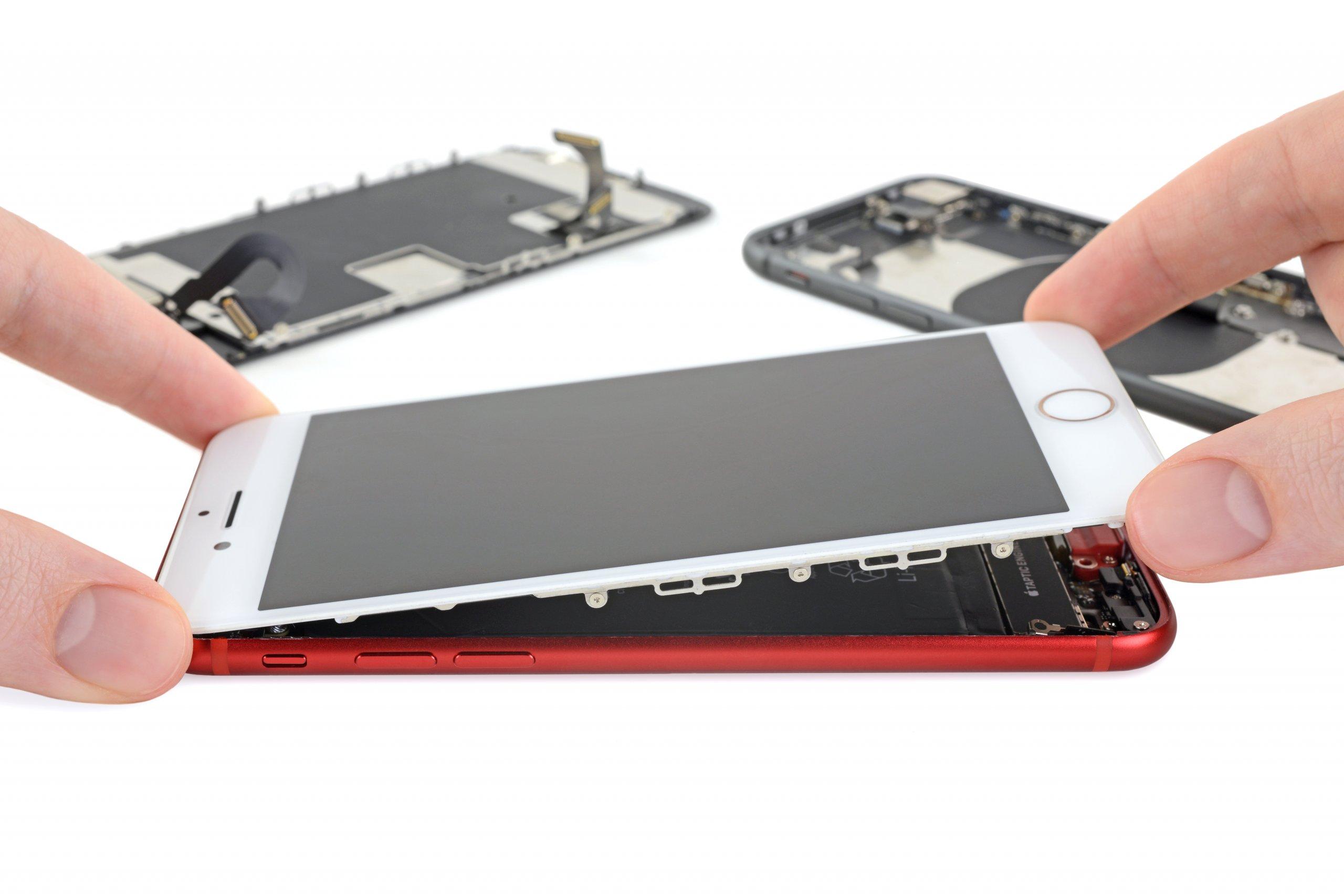 iFixit desarma el iPhone SE y confirma su parecido con el iPhone 8