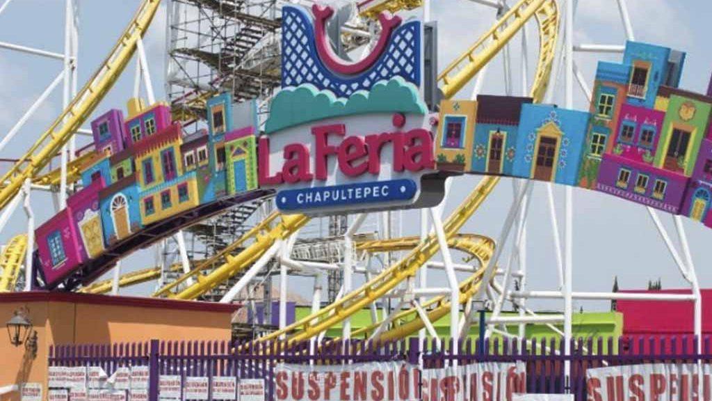 Tras accidente, comienzan a desmantelar la Feria de Chapultepec