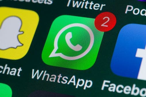 Envía audios de WhatsApp con voz de superhéroe y personajes de películas