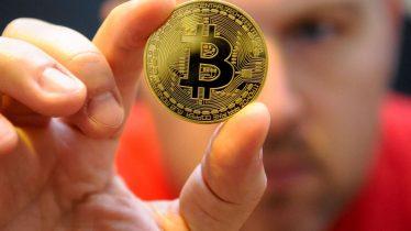 Olvidó su contraseña para acceder a sus 220 millones de dólares en Bitcoin
